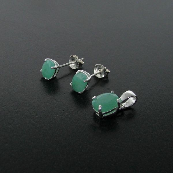Emerald Earring & Pendant Sterling Silver Set
