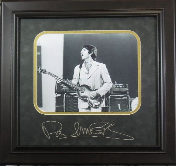 Paul McCartney - Plate Signature