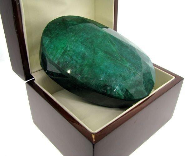 APP: 533k 3,553.30CT Emerald Gemstone