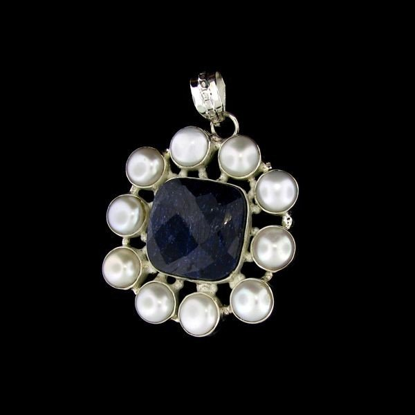 APP: 18.3k 23.28CT Sapphire & Sterling Silver Pendant
