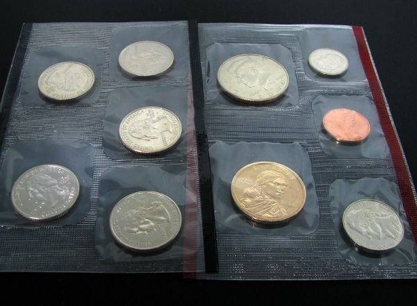 2000 U.S. Mint Set Coin - Investment