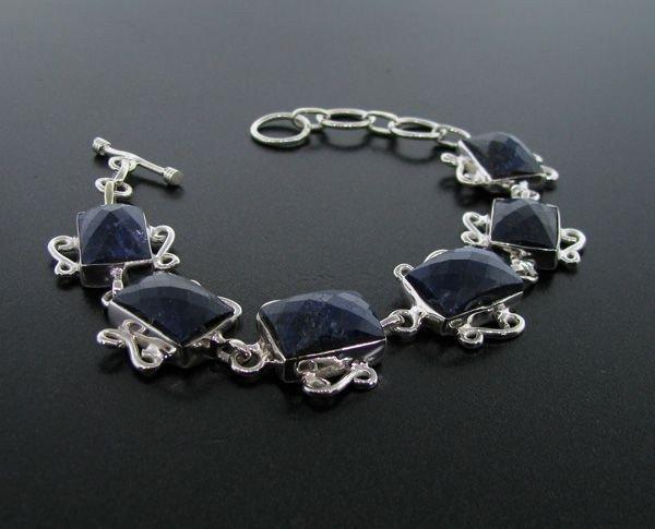 APP: 17k 53CT Blue Sapphire & Sterling Silver Bracelet
