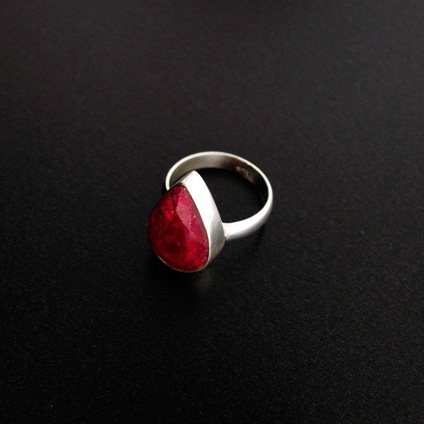 APP: 3.3k 6.67CT Ruby & Sterling Silver Ring