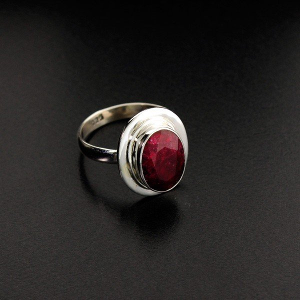 APP: 1.1k 4.74CT Ruby & Sterling Silver Ring