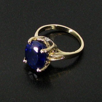 APP: 4k 14kt Gold, 5CT Blue Sapphire & Diamonds Ring