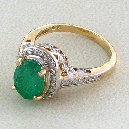 APP: 4.4k 14 kt. Gold, 1.89CT Emerald & Diamond Ring