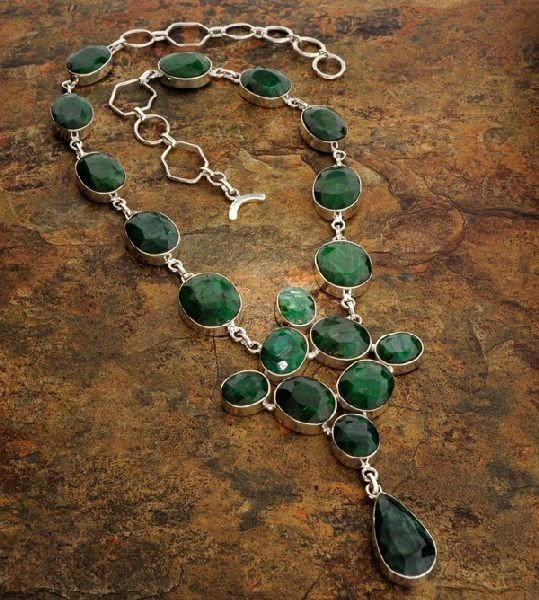 APP: 23k 187CTGreen Sapphire & Sterling Silver Necklace