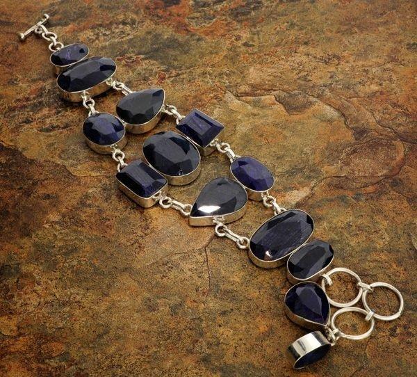 45: APP: 23k 134CTBlue Sapphire & Sterling Silver Brace