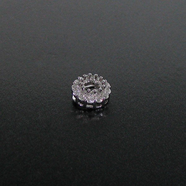 APP: 1.5k 18 kt. White Gold, 0.29CT Diamonds Pendant
