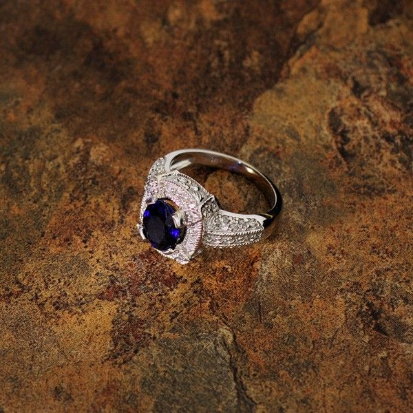 APP: 9k 14kt White Gold, 2CT Sapphire & Diamond Ring
