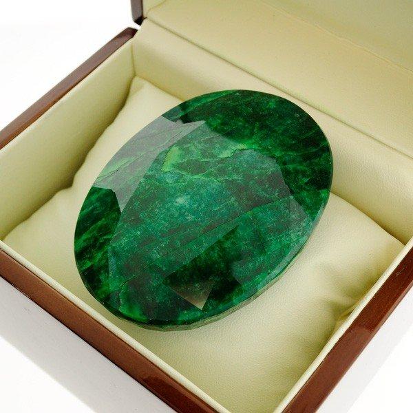 APP: 67.3k 1,005.00CT Emerald Gemstone