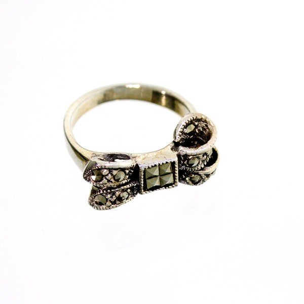 Marcasite & Sterling Silver Ring
