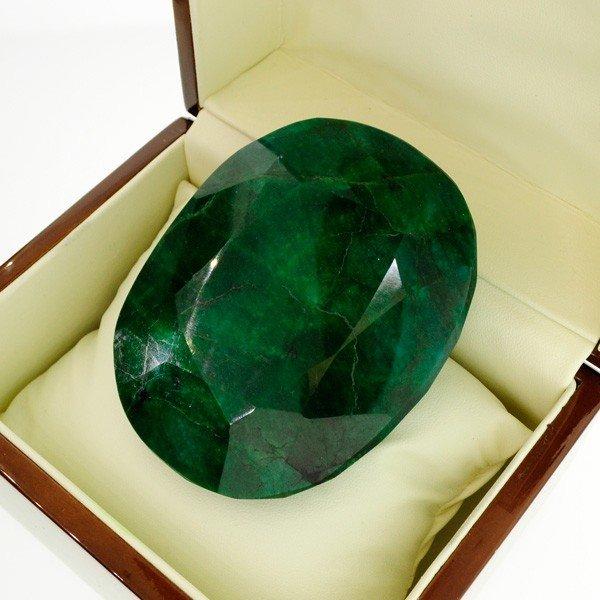 APP: 146.6k 1,396.05CT Green Emerald Gemstone
