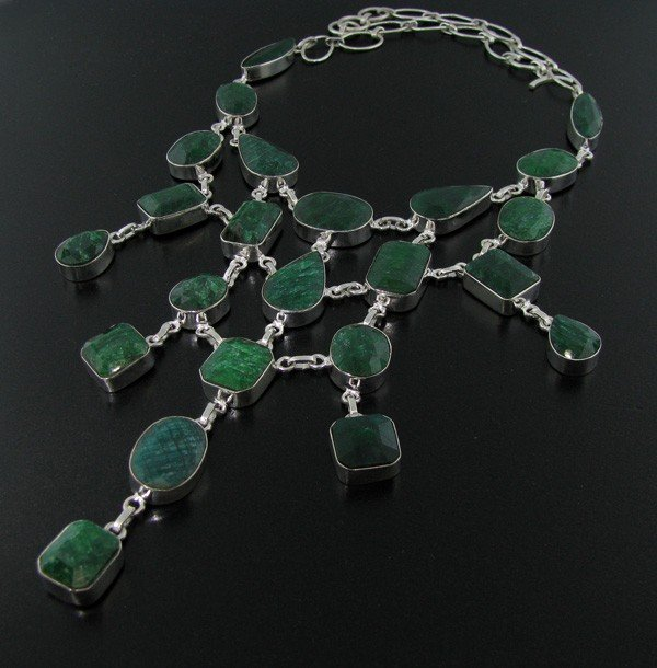 APP: 76k 237CTGreen Sapphire & Sterling Silver Necklace