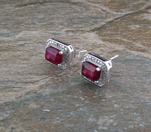 APP: 1k 2CT Ruby w/Diamond, 18kt Gold w/Silver Earrings