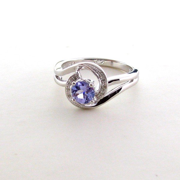 APP: 1k 18kt White Gold & Silver, 0CT Tanzanite Ring