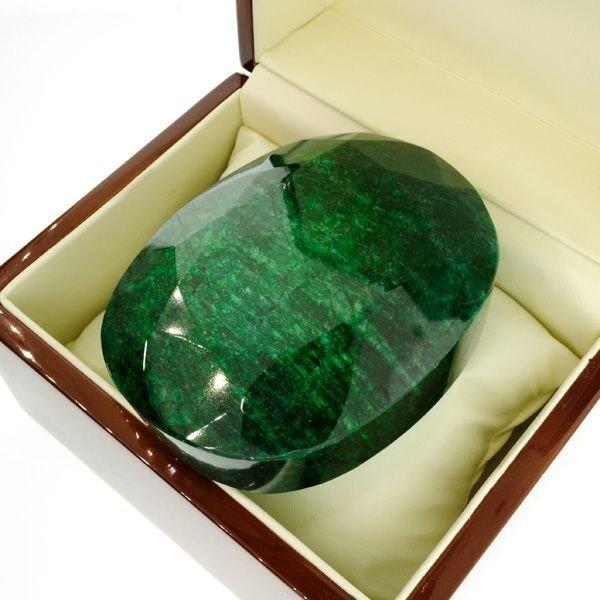APP: 230.2k 2,191.95CT Green Emerald Gemstone