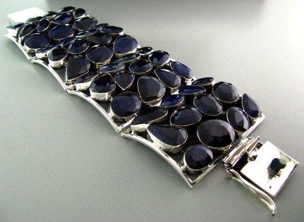 APP: 23k 274CTBlue Sapphire & Sterling Silver Bracelet