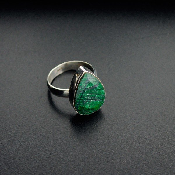 APP: 2.1k 13.84CT Green Sapphire & Sterling Silver Ring