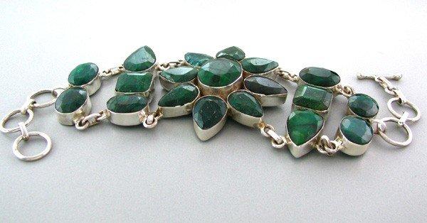 APP: 17k 133CTGreen Sapphire & Sterling Silver Bracelet