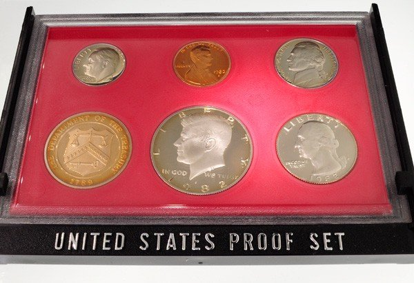 1982 United States Proof Set Coin - Investment