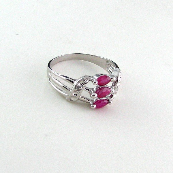 APP: 0.6k 0.38CT Ruby w/Diamonds & Sterling Silver Ring