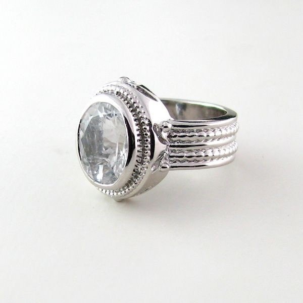 APP: 3.4k 4.20CTAquamarine & Sterling Silver Ring