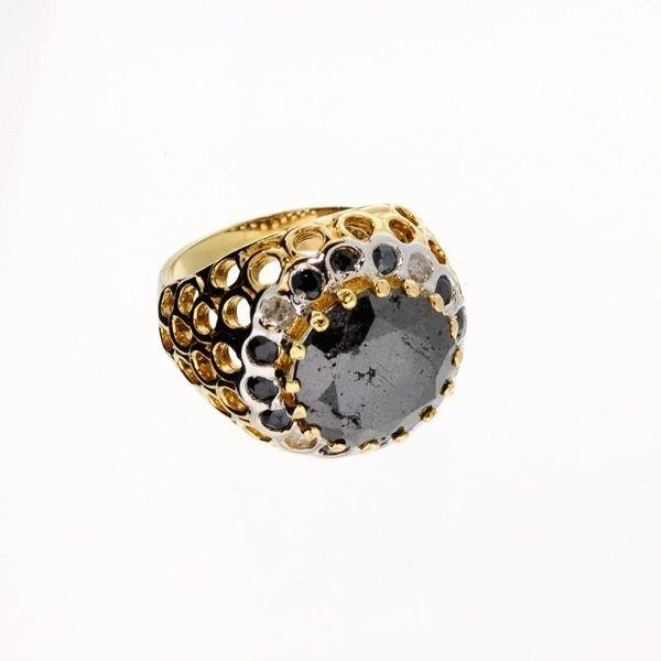 APP: 30k 6.21CT Rare Black Diamonds 14 kt. Gold, Ring