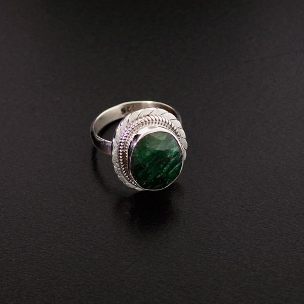 APP: 1.1k 6.35CT Green Sapphire & Sterling Silver Ring