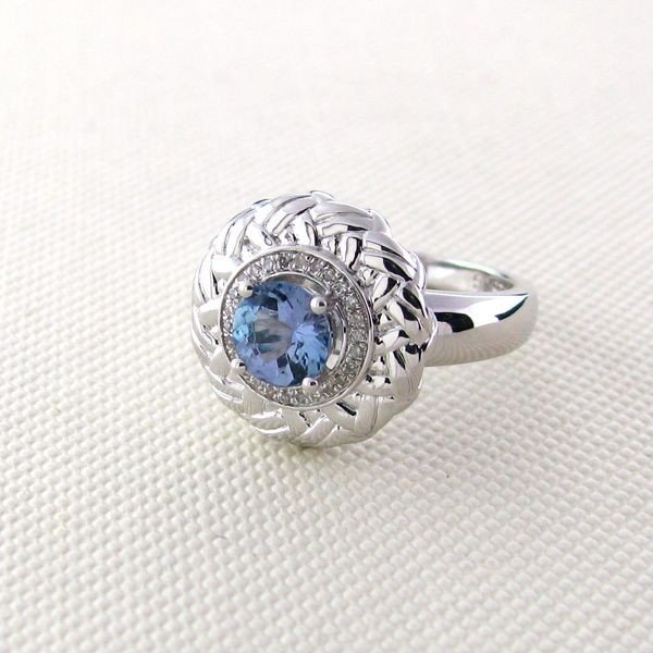 APP: 1k 18kt Gold, Tanzanite w/Diamond Silver Ring
