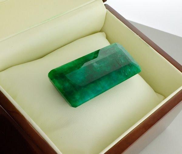 APP: 13.3k 198.75CT Emerald Gemstone
