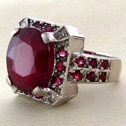 APP: 11k 9CT Ruby w/Rubies & Overlaid Sterl Silver Ring