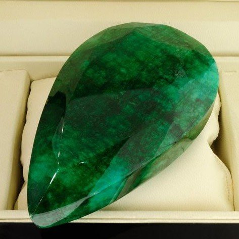 APP: 166.3k 2,482.30CT Pear Cut Emerald Gemstone