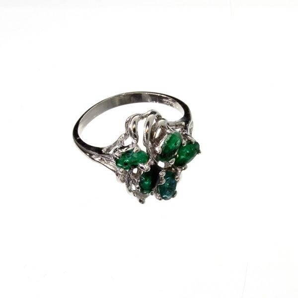 APP: 1.7k 1.15CT Emerald & Sterling Silver Ring