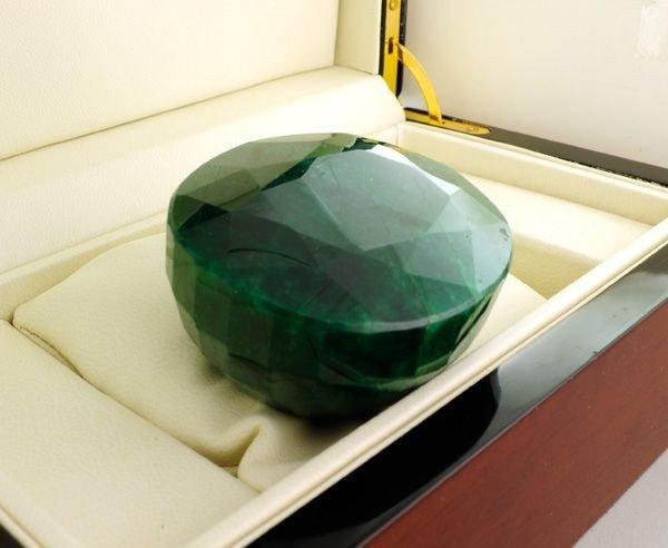 APP: 10.8k 1,314.05CT Emerald Gemstone