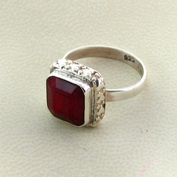 APP: 1.8k 7.11CT Ruby & Sterling Silver Ring