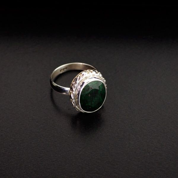APP: 1.3k 5.73CT Green Sapphire & Sterling Silver Ring
