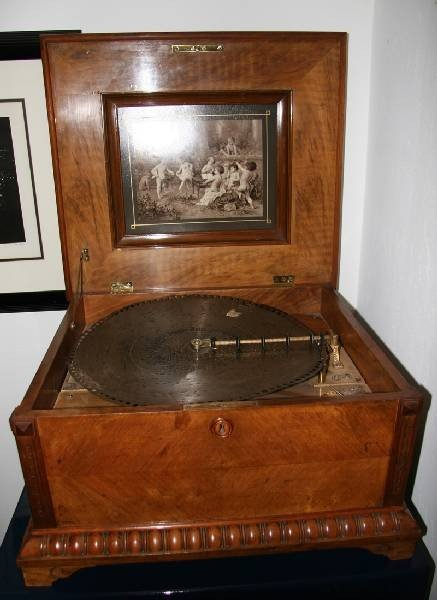 Antique Poly Phone Music Box-Mint Condition
