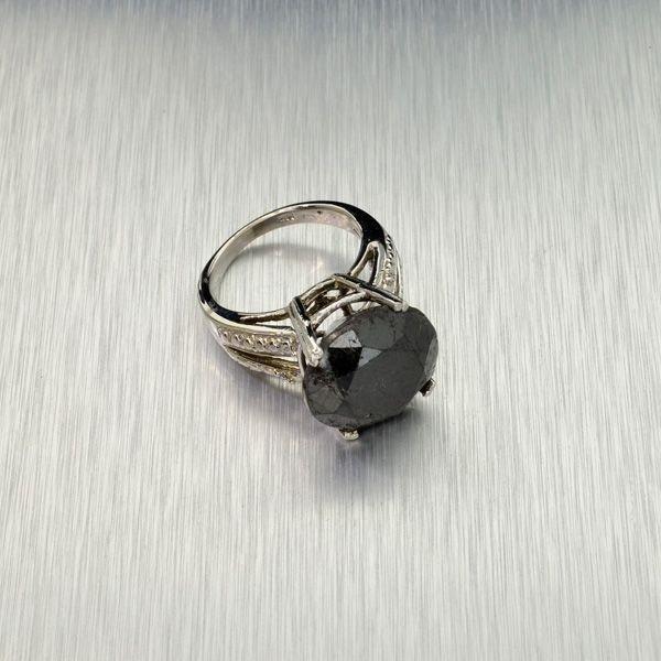 APP: 23k 14kt White Gold, 14k Diamond Ring