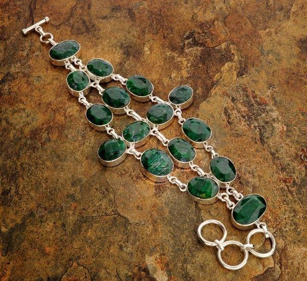 APP: 15k 113CTGreen Sapphire & Sterling Silver Bracelet