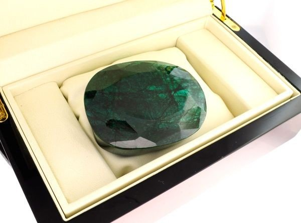 APP: 52k 1,486.70CT Emerald Gemstone