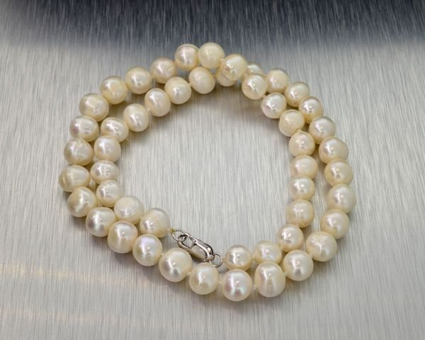 APP: 1.4k 16'' Pearl Strand w/Sterling Silver Clasp
