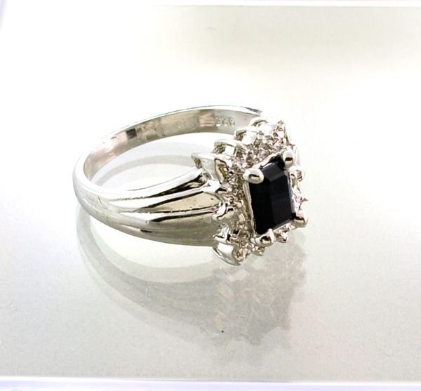 APP: 2.1k 1.07CT Blue Sapphire & Sterling Silver Ring