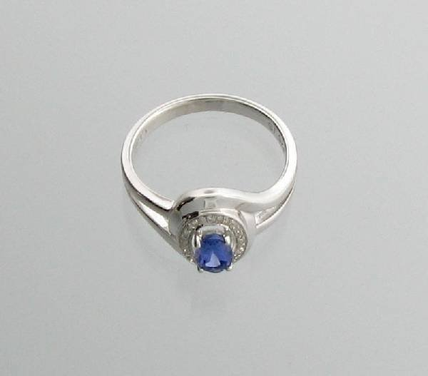 APP: 1k 0CT Tanzanite & Diamond Plat Sterl Silver Ring