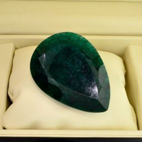APP: 29.3k 552.45CT Green Sapphire Gemstone