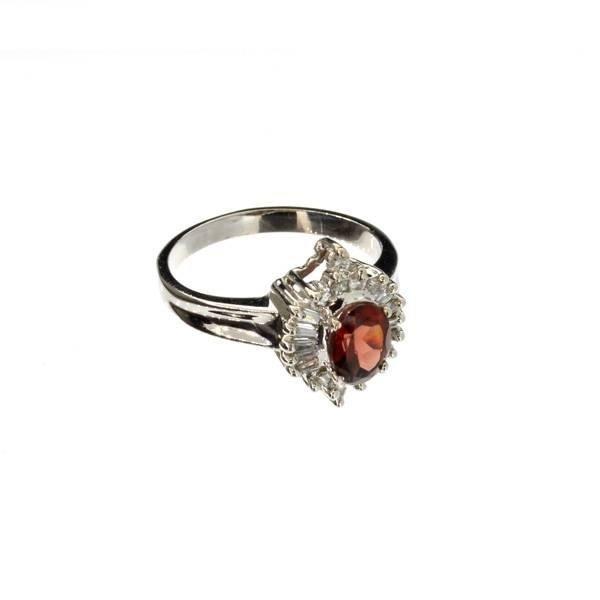 APP: 1.7k 14kt White Gold, 0.85CT Garnet & Diamond Ring