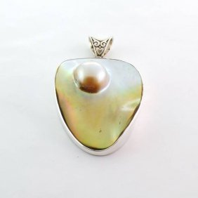 APP: 0.9k 16.16 MM Mabe Pearl & Sterling Silver Pendant