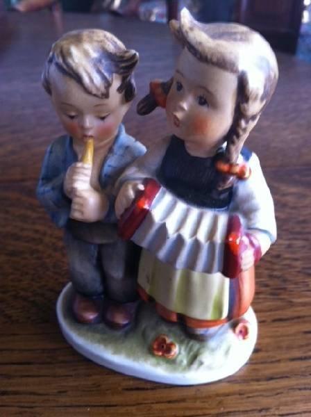 Hummel Collectible Figurine-Boy & Girl Musicians