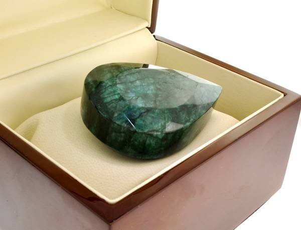 APP: 34k 629.70CT Emerald Gemstone