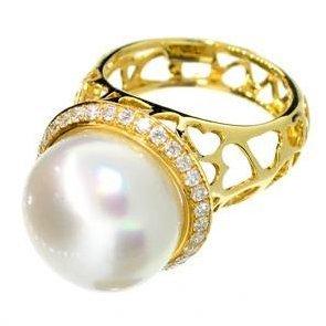 APP: 7k 14kt Gold, 9CTDiamond Ring